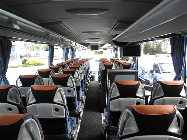 Wynajem autokarów Warszawa Top Travel