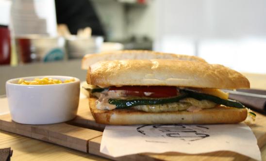 La Chica Sandwicheria