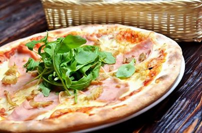 Fabryka Pizzy restauracja włoska warszawa